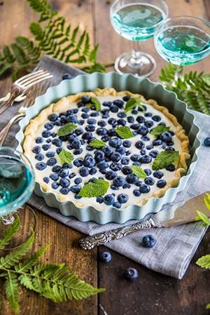 Blåbärspaj med muskot och vaniljkräm